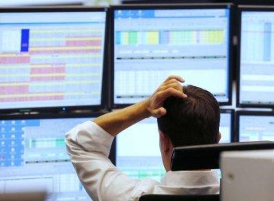 Evropske berze zabilježile velike gubitke, cijena nafte pala, dolar i zlato poskupili