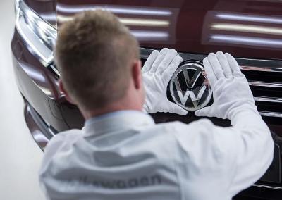 Folksvagen: Obustava prodaje automobila sa spornim softverom
