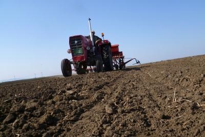 Podrška Vlade Srbije srpskim poljoprivrednicima