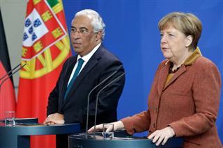 Merkel Portugalu: Ostanite na kursu reformi