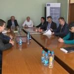 """Kozarska Dubica: Potpisani ugovori sa privrednicima u okviru """"Regerd"""" projekta"""