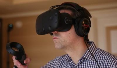HTC prodao 15.000 Vive VR uređaja za manje od deset minuta