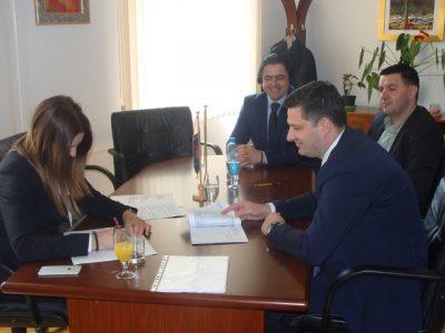 Potpisan ugovor o kreditnom zaduženju Mrkonjić grada