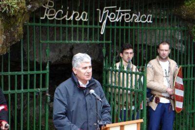 Čović otvorio turističku sezonu u pećini Vjetrenica