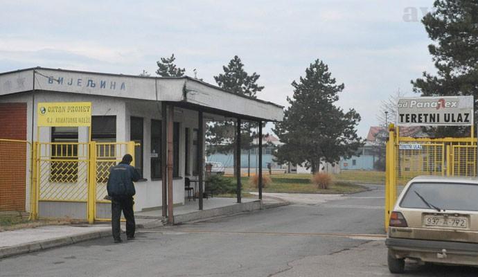 """Vojin Mitrović """"gurnuo"""" u stečaj i drugi """"Panafleks – MV""""!"""