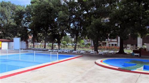 Počela turistička sezona na otvorenim bazenima Banje Dvorovi