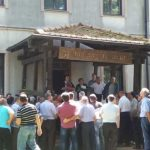 """Radnici """"Ratarstva"""" blokiraju put Banjaluka-Gradiška"""