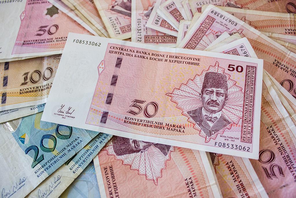 Prosječna septembarska plata 875 maraka