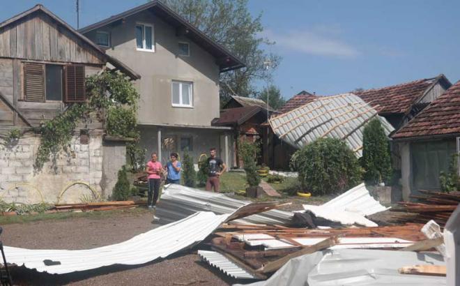 Prnjavor: Pijavica oštetila imanja i elektromrežu
