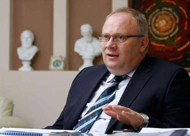 Bogdanić: Naknade bi trebalo obavezno isplaćivati do 20. u mjesecu
