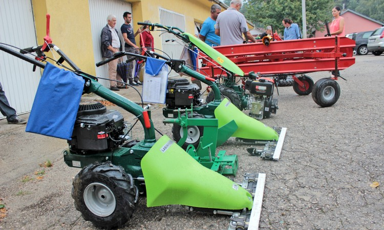 Jablanica: Uručena oprema poljoprivredinim proizvođačima