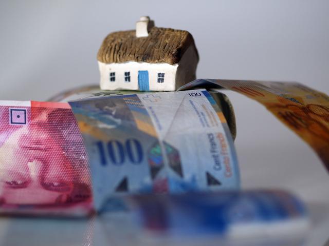 Novi Sad: Raskinut bankarski ugovor koji je odobren u francima