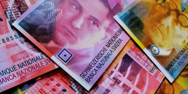 Švajcarac pada, zamjena kredita u evra neisplativa