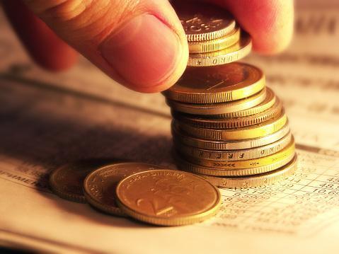 Srednji kurs dinara 124,01 za evro