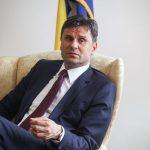 Novalić: Vlada FBiH se zadužuje, ali i vraća dugove