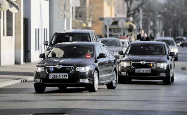 Istraživanje: Parlamentarci u BiH se vozikaju u 49 limuzina!