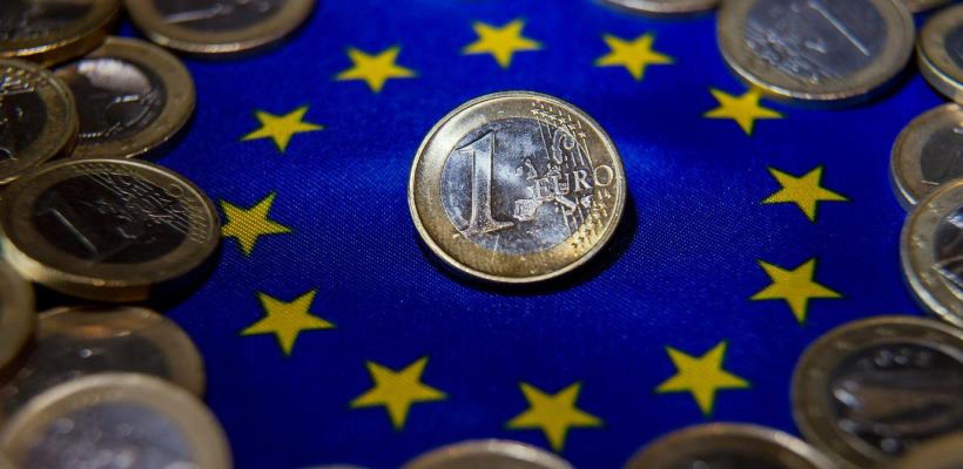 Prepolovljen rast evrozone u drugom kvartalu