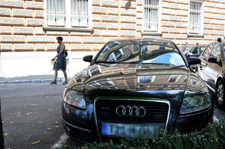 Savjet ministara BiH dozvolio korištenje službenih vozila u privatne svrhe