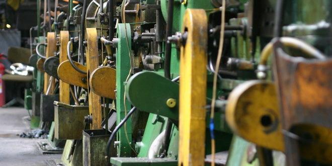 Industrijska proizvodnja u februaru veća za 2,1 odsto