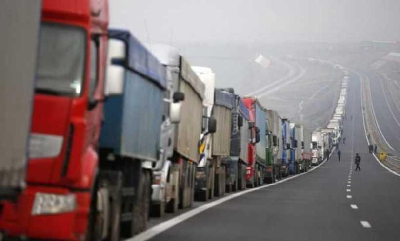 Na srpskoj granici čeka 230 tona lako kvarljive robe iz Hrvatske