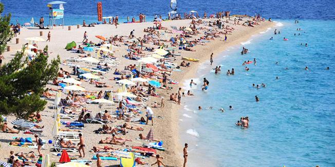 Turistički avgust u Hrvatskoj u zelenim brojkama
