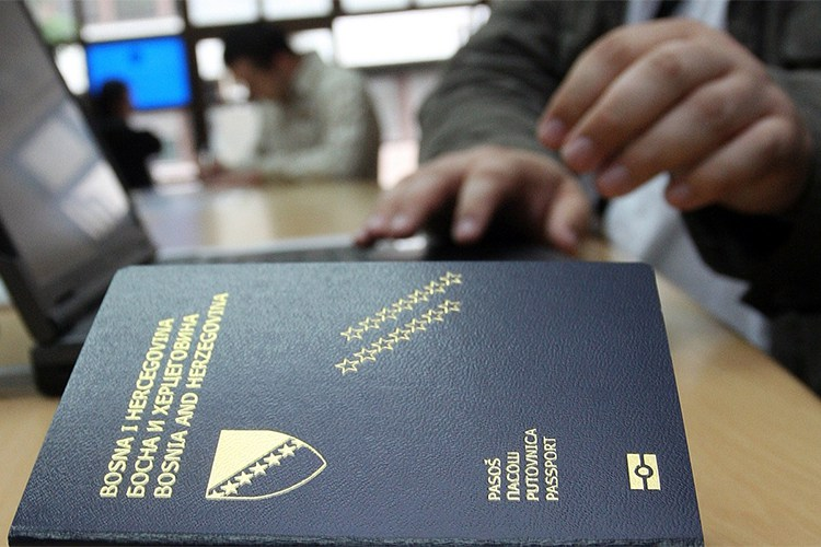 Za deceniju bh. pasoš skočio za 23 pozicije