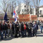 Radnici ŽRS prekidaju štrajk glađu, Dodik obećao ispunjenje svih zahtjeva