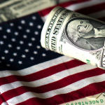 Blumberg: Dolar se ruši
