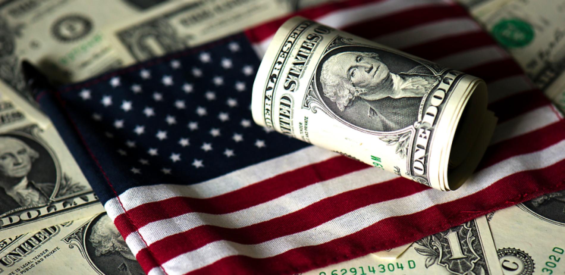 Sirijska kriza oslabila dolar, funta jača
