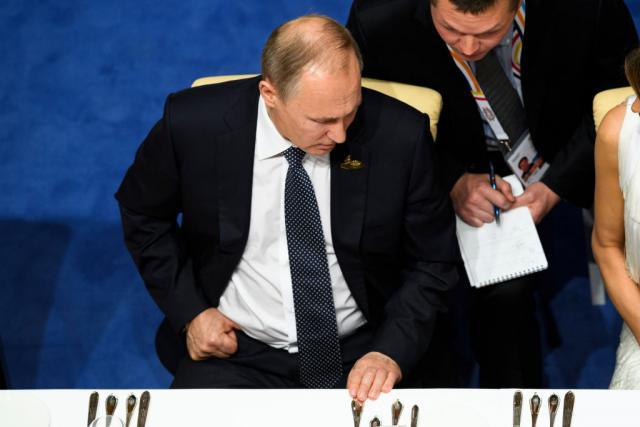 Putin: Dolar instrument pritiska, povjerenje u njega opada