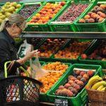 Stanovnici BiH sve više uzimaju kredite, rastu cijene hrane i prevoza