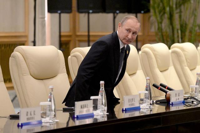 """""""Moram da uzmem pare sa vašeg računa""""; Putin zanijemio"""
