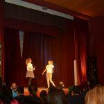 Poklon predstava Blicneta srbačkim učenicima