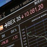 Volstrit i dolar u padu, evropske berze različite