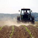 Poljoprivredno zemljište u RS nestaje, svi bježe u grad