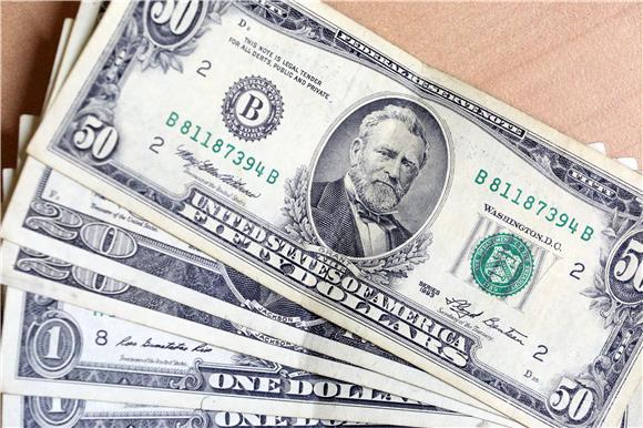 Dolar i funta u padu