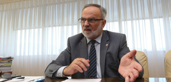Za obnovu škole u Gornjim Karajzovcima izdvojena 21.000 maraka