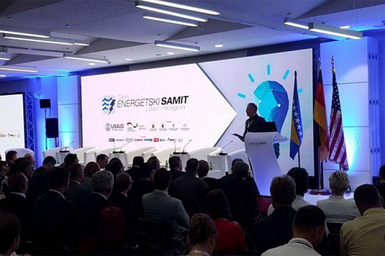 Energetski samit: Legislativa prepreka za razvoj sektora električne energije i gasa u BiH