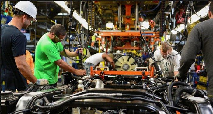 Avgustovska industrijska proizvodnja manja za 3,8 odsto od julske