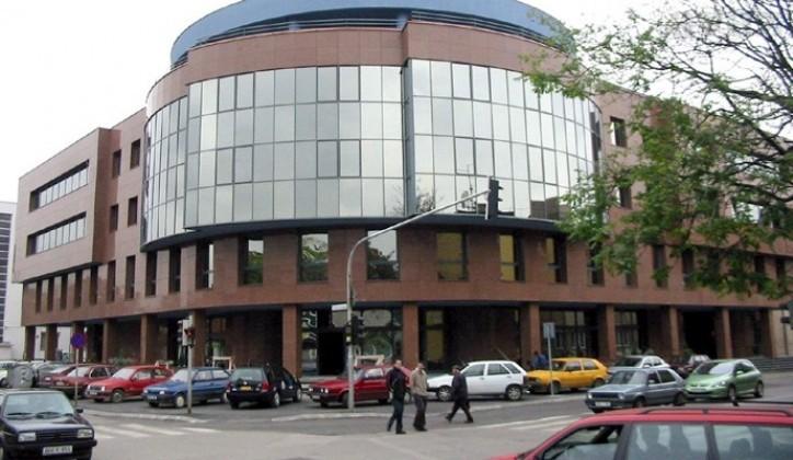 UIO potrošila 58 miliona KM na plate i naknade