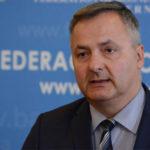 Federalni ministar trgovine najavio niže cijene goriva u FBiH do kraja sedmice