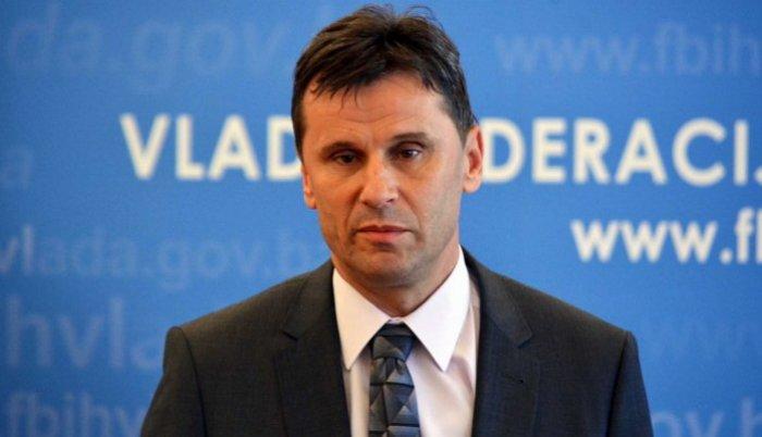 Novalić: Prvi put u posljednih deset godina smanjeno zaduženje Federacije BiH