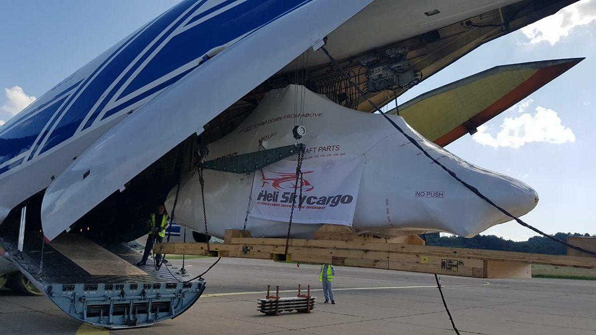 Novi helikopter u dijelovima stigao u Republiku Srpsku