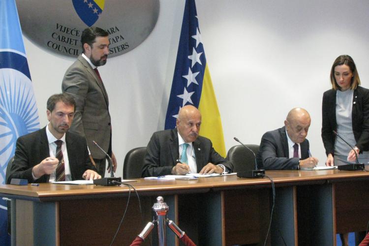 Potpisan ugovor o novom kreditu EBRD-a od 180 miliona evra za Koridor 5C