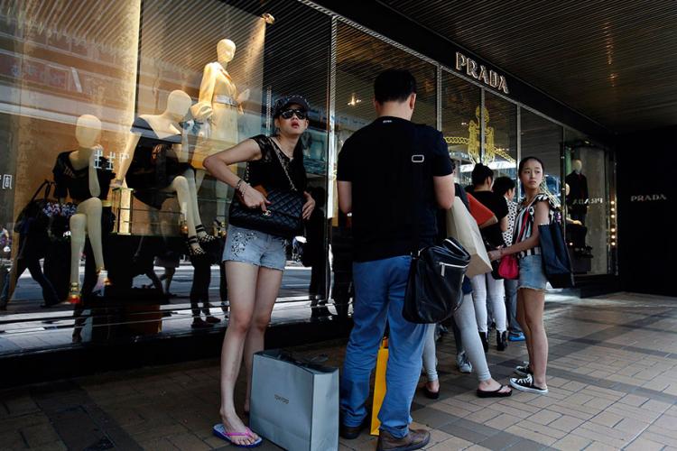 Mladi Kinezi na luksuz troše kao ludi