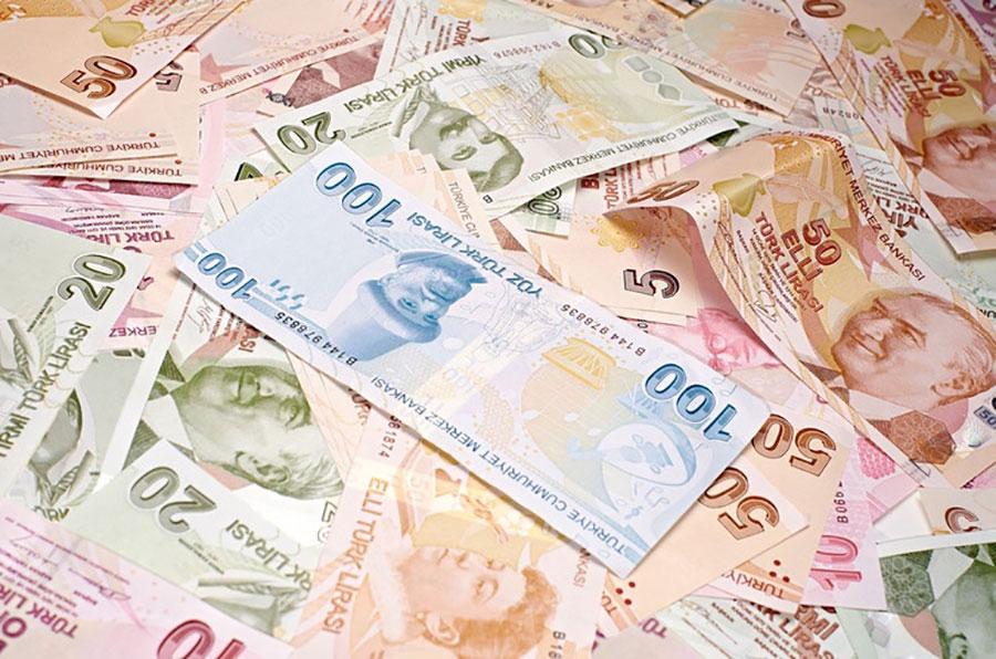 Lira oslabila za dva procenta