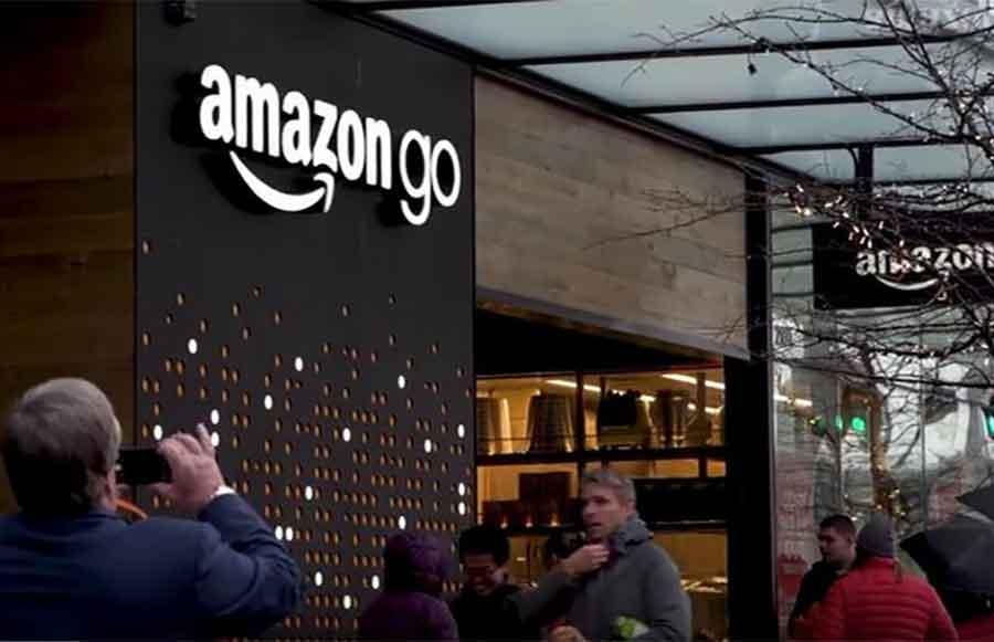 "Protest radnika Amazona na ""crni petak"""
