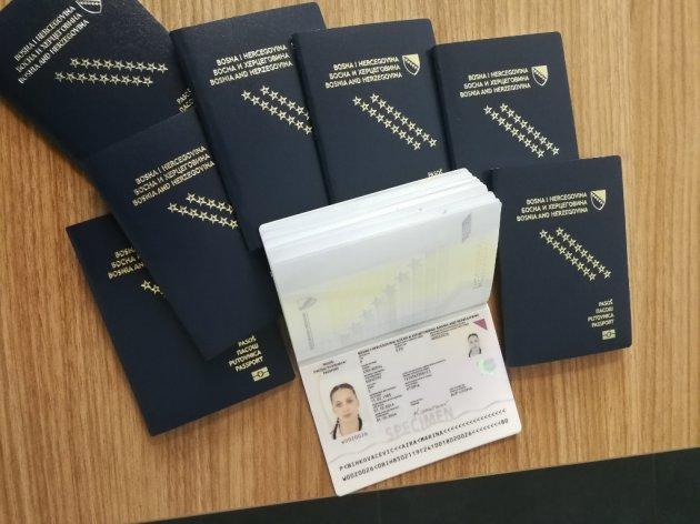 "IDDEEA ""preuzima"" pasoše od ""Milbauera"""