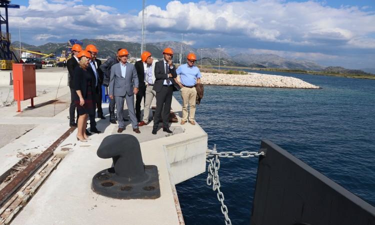 Vlada FBiH traži rješenje za stavljanje u funkciju naftnog terminala u Pločama