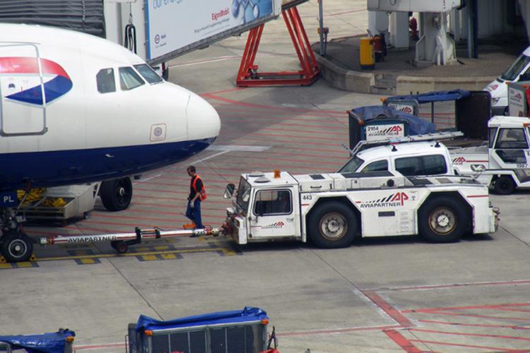Štrajk radnika na prtljagu, otkazano 25 letova